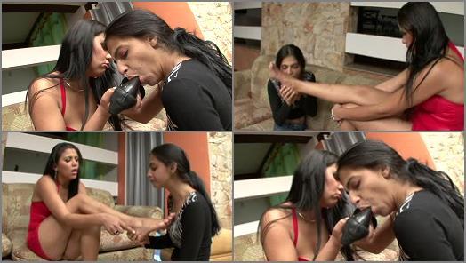Foot gagging – BRAZIL FEET – Aline Cruel Foot Domination
