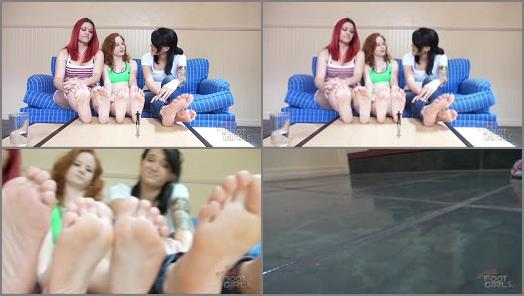 GIANTESS SPECIAL EFFECTS – Bratty Foot Girls – Catherine Foxx, Piper, Mariah – Shrunken Under 6 Soles SFX