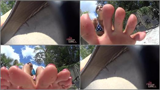 Muddy feet – Bratty Foot Girls – Goddess Sasha Foxxx – Sasha's Poolside Foot Bitch