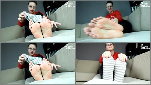Soles fetish – Czech Soles – Big Smelly Feet Instructions POV