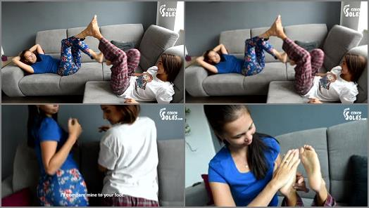 Toes fetish – Czech Soles – Huge And Tiny Feet Comparesment Show