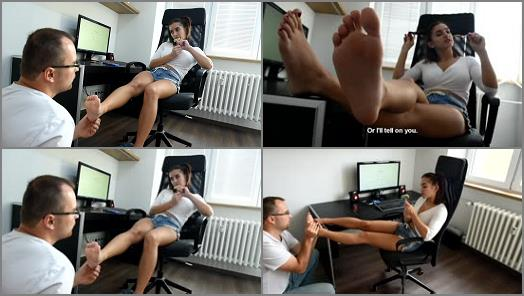 Czech Soles  Neighbours young daughter and her sexy feet  preview