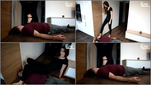 Hand Over Mouth – Czech Soles – Tortured by feet of sexy executrix –  Eliška