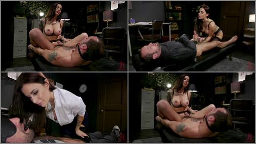 Strap-on – Divine Bitches – Divine Therapy – Gia DiMarco Uses Unconventional Procedures to Punish –  Gia DiMarco