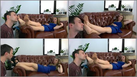 Foot Fetish – Dominant Femine – Helena – Teacher Give Lesson To A Student – Polish Language – Part 1