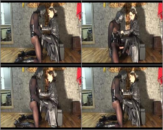 Stiefelfick – GERMAN FEMDOM Lady Victoria Valente – Lady Victoria Valente in nipple play and fuck your cock between my boots
