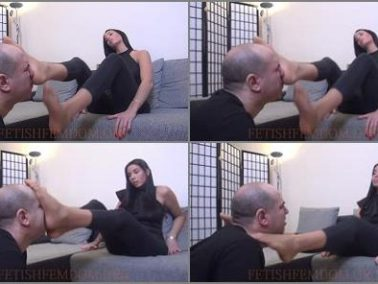 Femdom -  GODDESS REA LONGEST LEGS – REA – Easy Living – Smother And Domination In Knee High Nylons