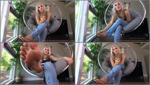 Dirty feet worship – Goddess Jessica – First Time Foot Worship