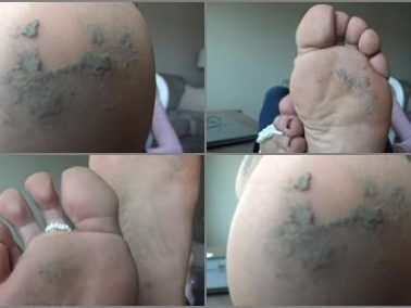 Messy feet - Goddess Zephy - Follow My foot licking commands, loser!! POV