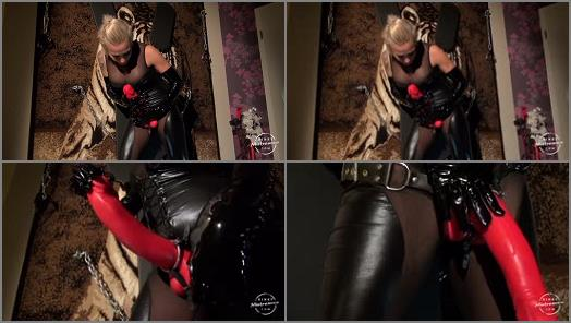 Masturbation Instruction – Kinky Mistresses – Amira´s BIG RED Strap-on –  Mistress Amira