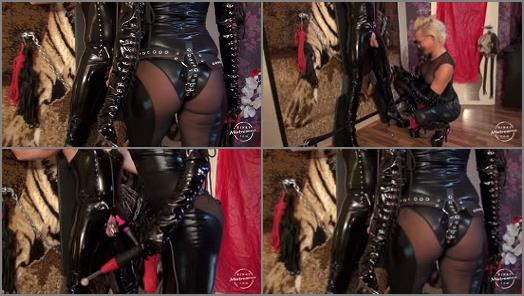 Bondage – Kinky Mistresses – Amira´s Slave at the Cross – Part 1 –  Mistress Amira