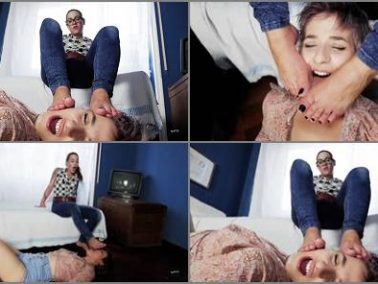 Lesbian Foot Worship - Lick My Feet Bitch