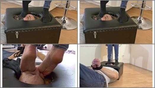 Foot humiliation – Madame Marissa – Trapped In The Smotherbox And Smothered Under Feet