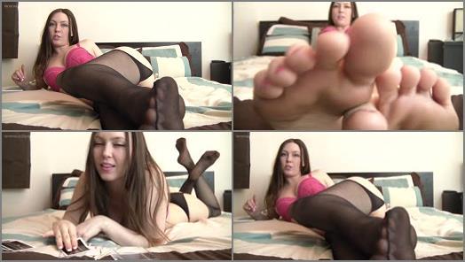 Toes – Megan Loxx – Megan's Edging Games