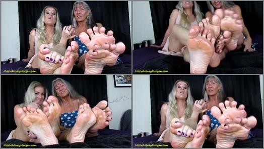 Wrinkled soles – Miss Whitney Morgan, Leilani Lei – Stroke To Slick Soles Of Whitney Morgan