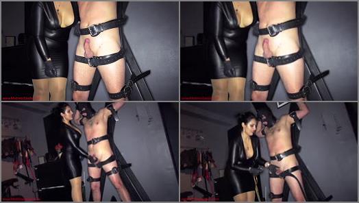 Cumshot – Mistress Ezada Sinn – So hungry to cum