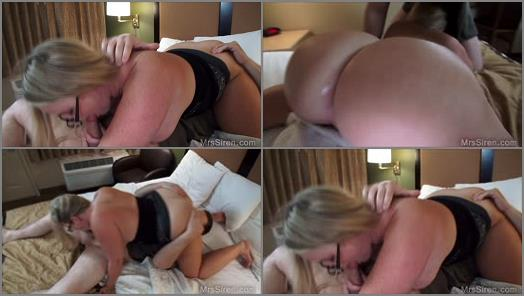 Cunilingus – Mrs Siren – Wife Sits on Strangers Face