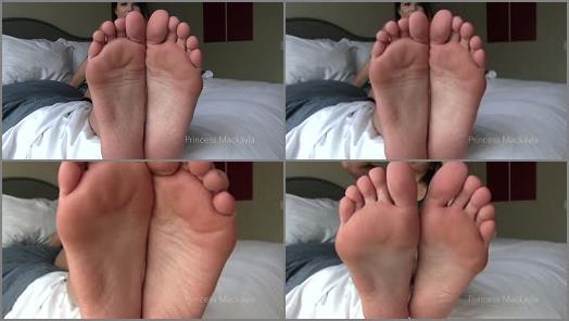 Toes – Princess Mackayla's Sinpire – Devoted to Foot Worship