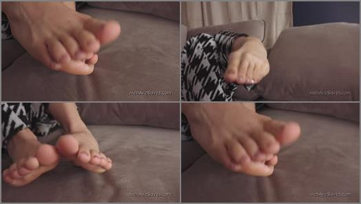 Soles – Princess Sara – Missed Her Feet?