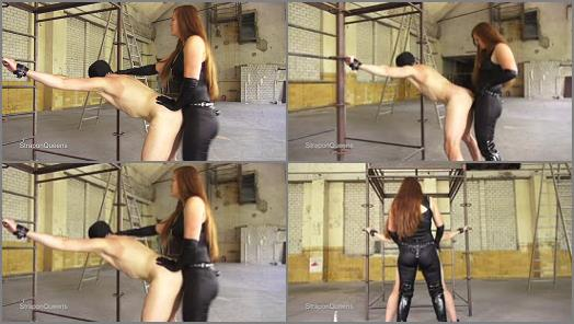 Strap-on – Queen Lissandra – Strapon Queens – Dutch Slave penetrated by German Godess