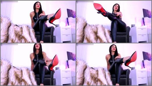 Shoes – Queen Regina – Lick and stroke… then Eat your Pleasure