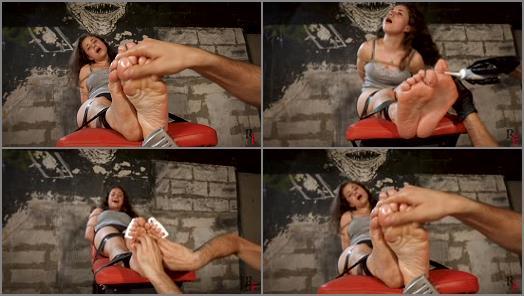 Tickling torture – Russian Fetish – Ruthless tickling of Tonya's soles