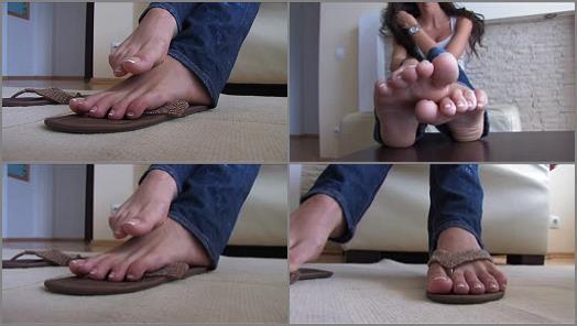 Pantyhose feet – Selina