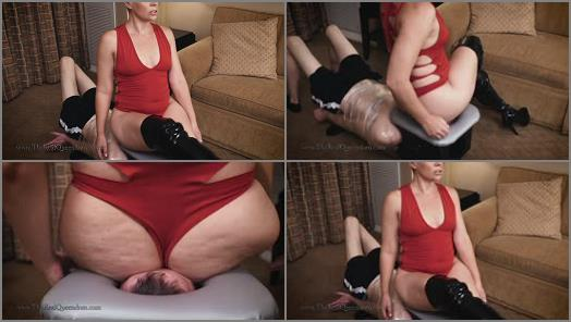 Femdom Videos –  The Queendom – Smother Madness Round 1: Domina Helena Locke