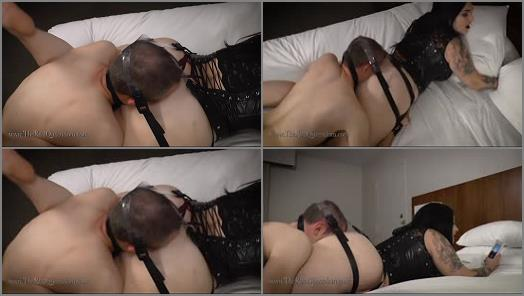 Big Butt –  The Queendom – The Executrix Files: In Kawaii's Smother Harness –  Mistress Kawaii