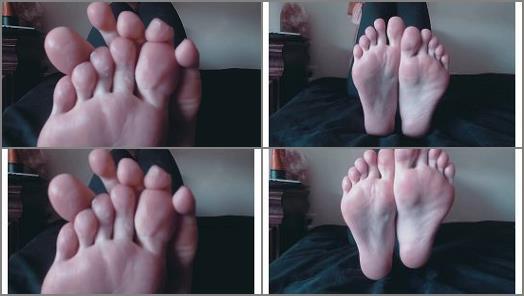 Nude foot massage – Venus Venerous – lotion covered feet