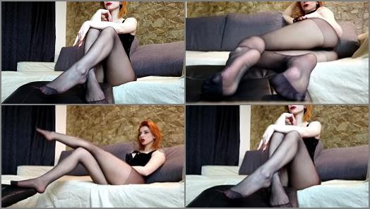 Pantyhose – moneygoddessscc – Ignoring you – Feet in nylon