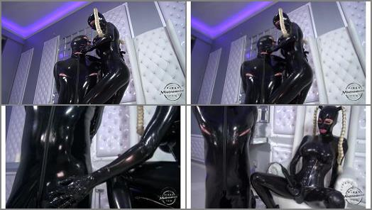 Kinky Mistresses  The Heavy Rubber Mistress  preview