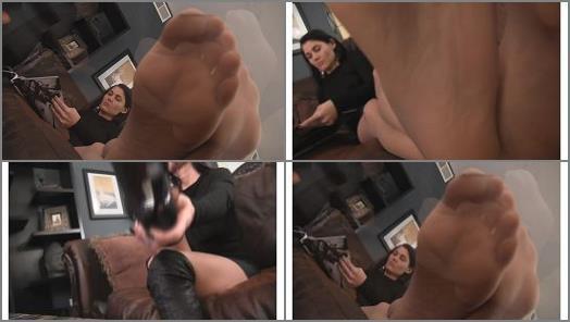 Nylon feet – Obey Melanie – P.O.V. Goddess Melanie's feet