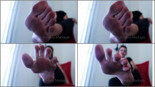 Dirty feet worship – Princess Mackayla – Dirty Foot Boy!