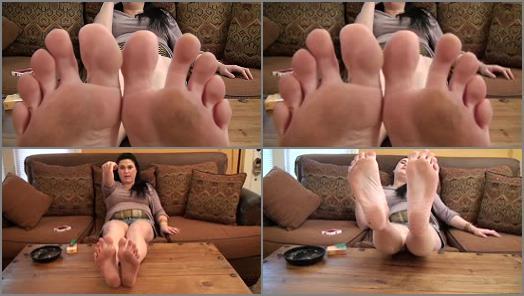 Soles fetish – Sweet Southern Feet – Worship Katnik's Dirty Soles POV