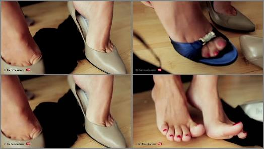 High heels – Feet Week – My sexy toes and sexy toe cleavage pumps