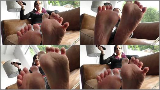 Sofia perfect feet and her first shooting preview