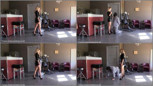 Femdom Online –  Mistress Courtneys Fetish Lair – Training a prisoner