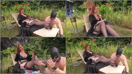 Pussy Licking –  The English Mansion – Garden Sex Servitude – Part 1 –  Miss Zara DuRose