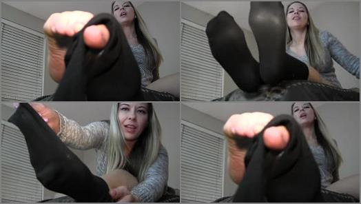 Amyleen Moore  3 days worn socks preview