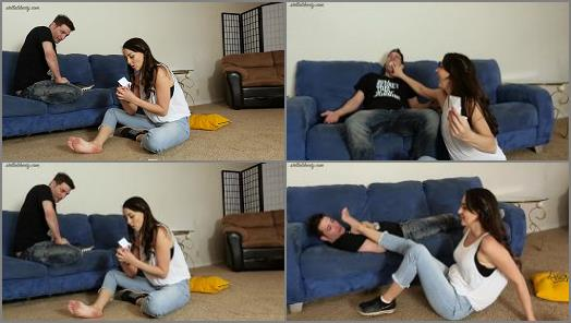 Foot Smother – Stella Liberty – Fortune Teller – Stella Liberty & Dynamite