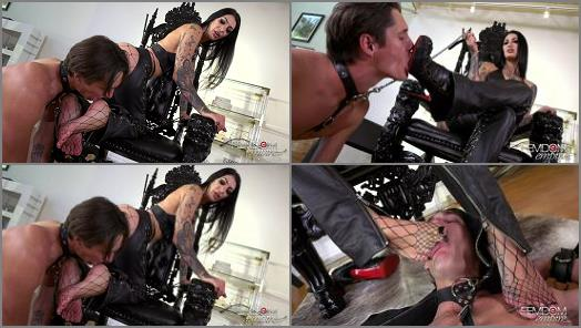 Cbt –  VICIOUS FEMDOM EMPIRE – Amazon Foot Crush –  Goddess Damazonia