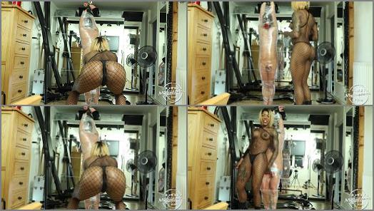 Kinky Mistresses  Clingfilm Slave   Mistress Kiana  preview