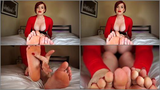 Maia McQueen  Foot pervert called out and teased preview