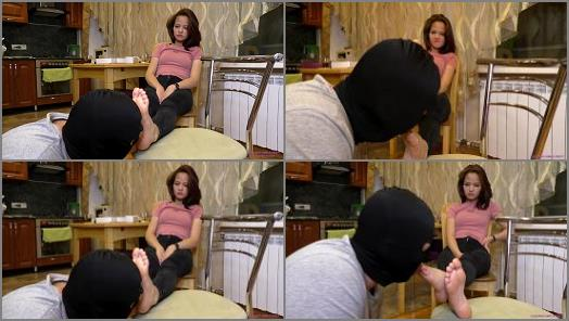 ELENA  Beautiful feet and soles preview