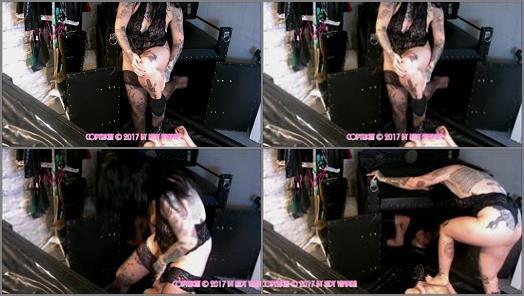Toilet Humiliation – Pin Up Domination by Lady Vampira – Training to Obedient Slaves Step 5: Humiliation _ Ausbildung zum gehorsamen Sklaven Schritt 5: Demütigung