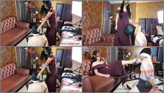 Fussherrin –  Taiwan Trample Club – Goddess Mo beaten –  Goddess Mo