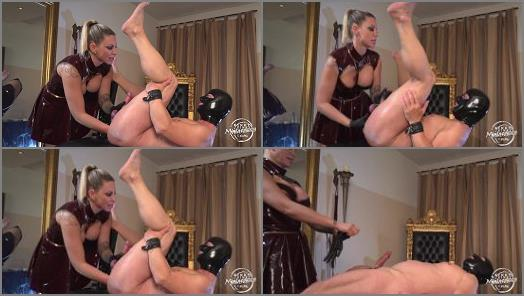 Ass – Kinky Mistresses – Fisted By Aurora Nia Noxx