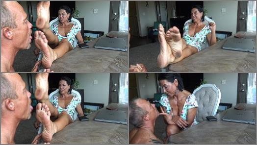 Foot+worship – Goddess Zephy – Foot Cucky's Favorite – Dirty Goddess Feet