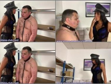 Foot Licking - Young Goddess Club – Arabian Goddess Dalila and Ted Slave – Arab Femdom – Arab Mistress Humiliates Her White Pig – Dressage De Kelb Par Maitresse Arabe